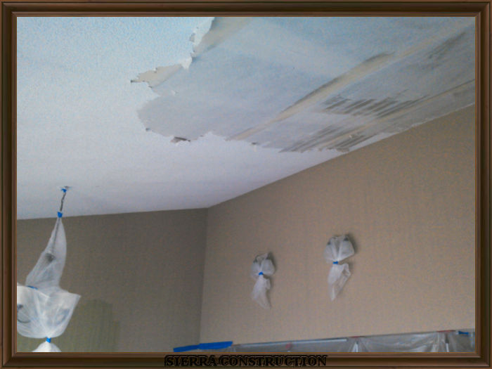 A picture in the left showing popcorn removal being done in a condominium